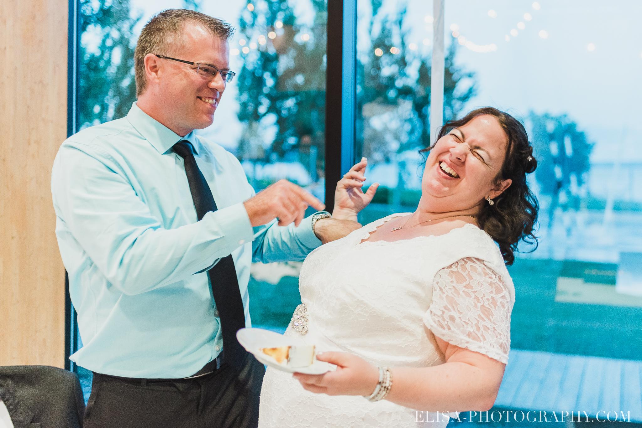 photo mariage quebec baie beauport reception fete danse des maries jeux soulier 8885 - Mariage à la plage de la baie de Beauport