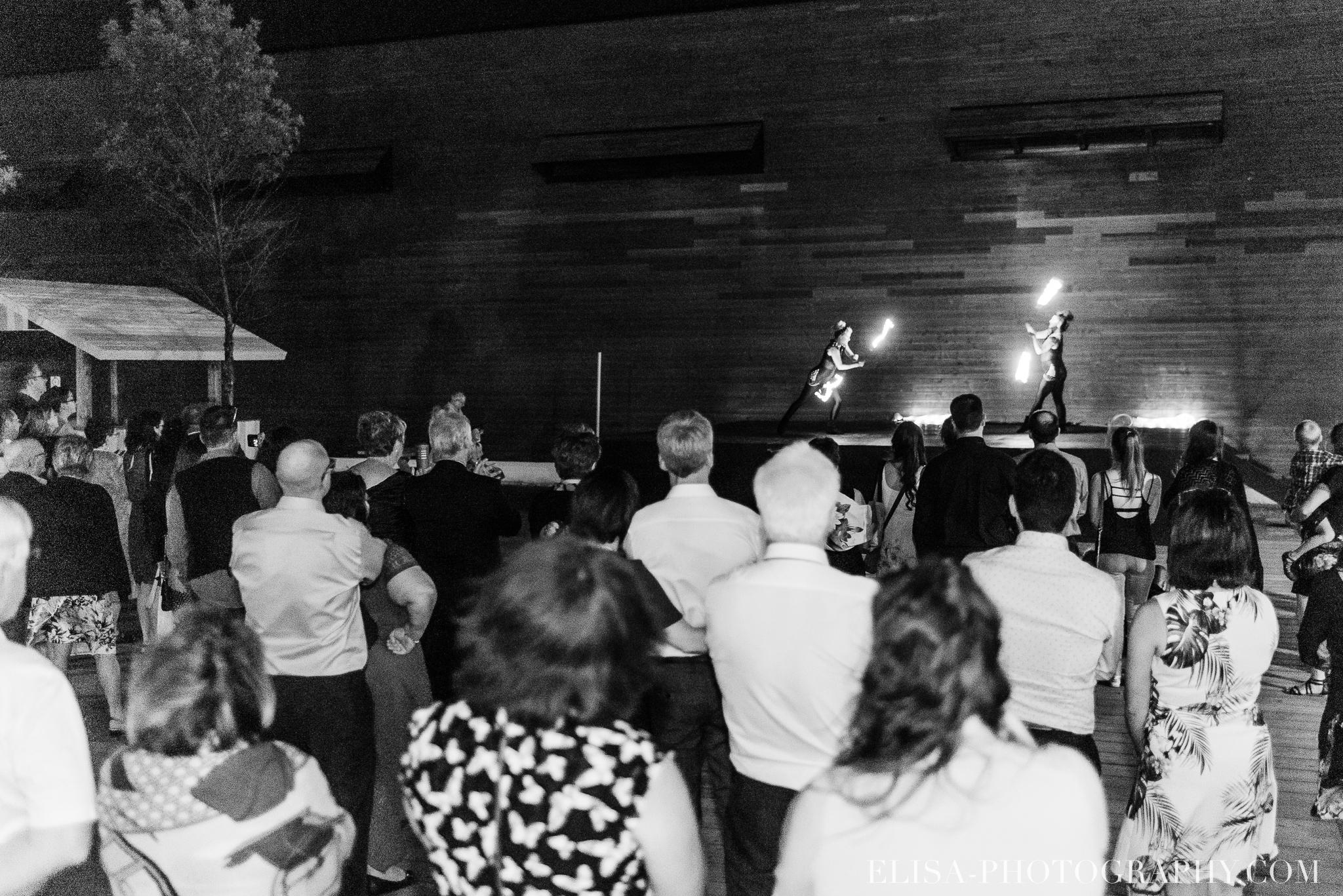 photo mariage quebec baie beauport reception fete danse des maries jeux soulier 9055 - Mariage à la plage de la baie de Beauport
