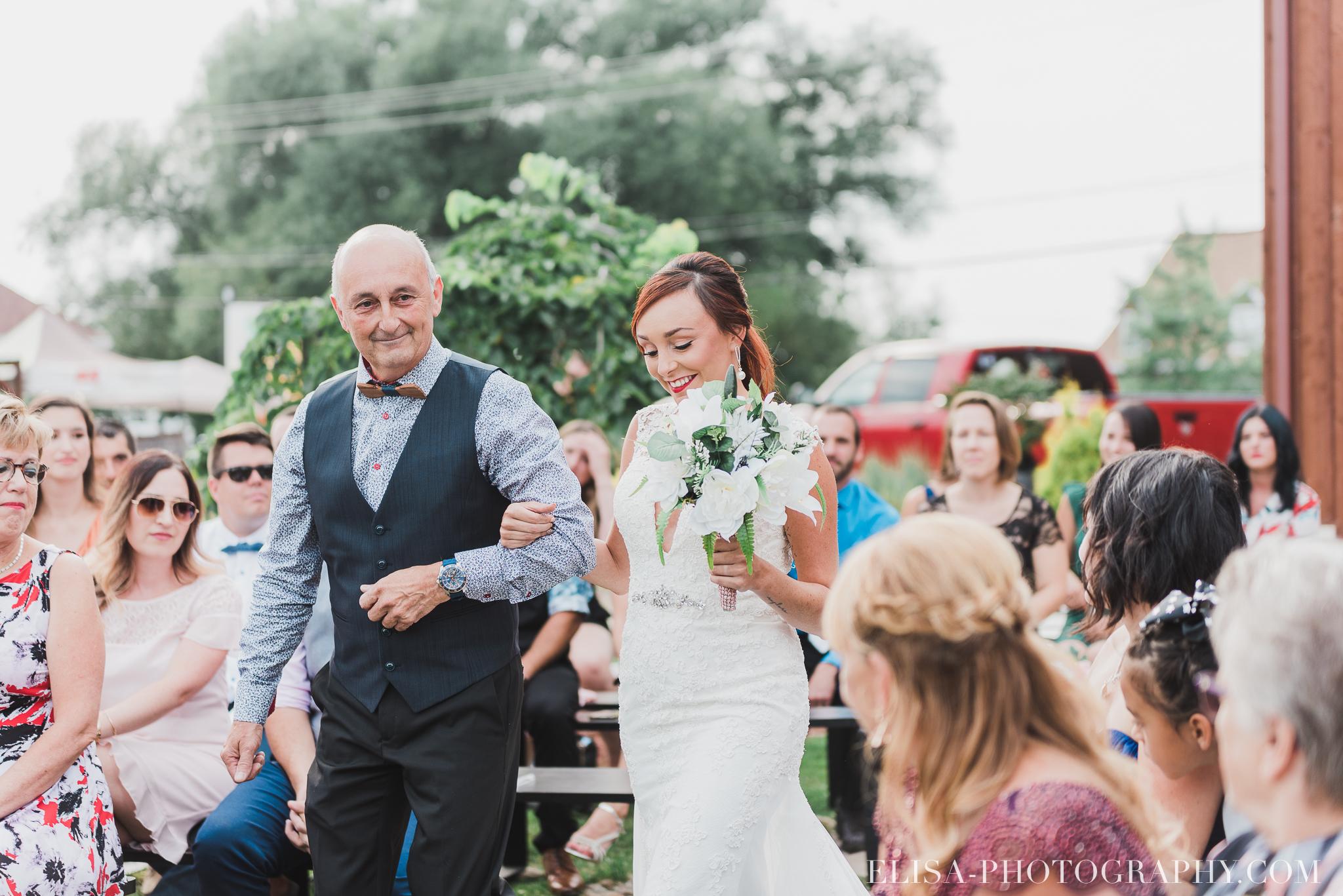 photo mariage ferme genest ceremonie verger pommier quebec 1296 - Smoke bomb et mariage dans les vergers de la Ferme Genest à Saint-Nicolas