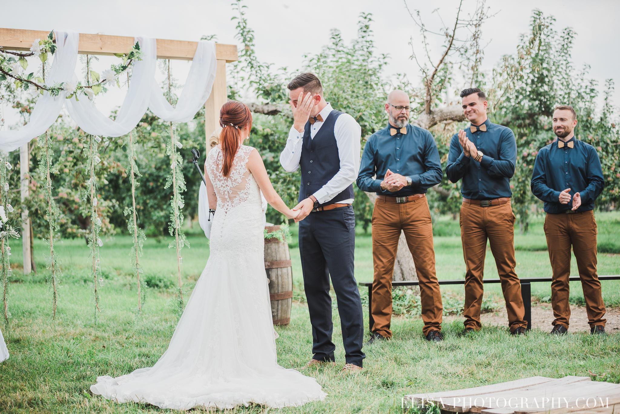 photo mariage ferme genest ceremonie verger pommier quebec 1445 - Smoke bomb et mariage dans les vergers de la Ferme Genest à Saint-Nicolas