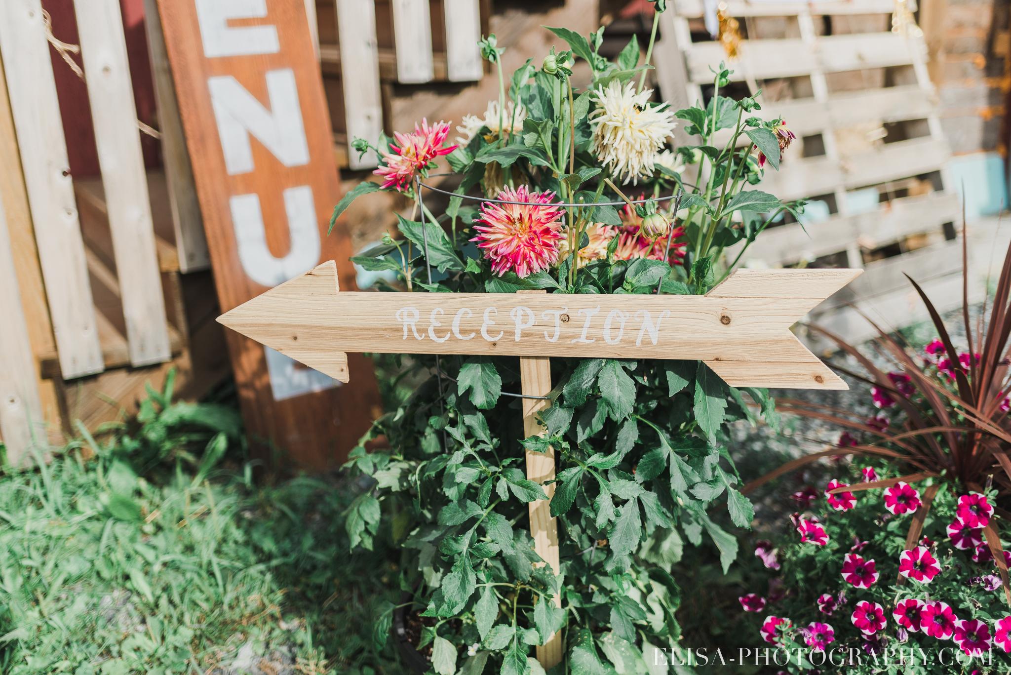 photo mariage grange rouge quebec cocktail naturelle lumineuse 8867 - Mariage coloré à la grange rouge de Brompton