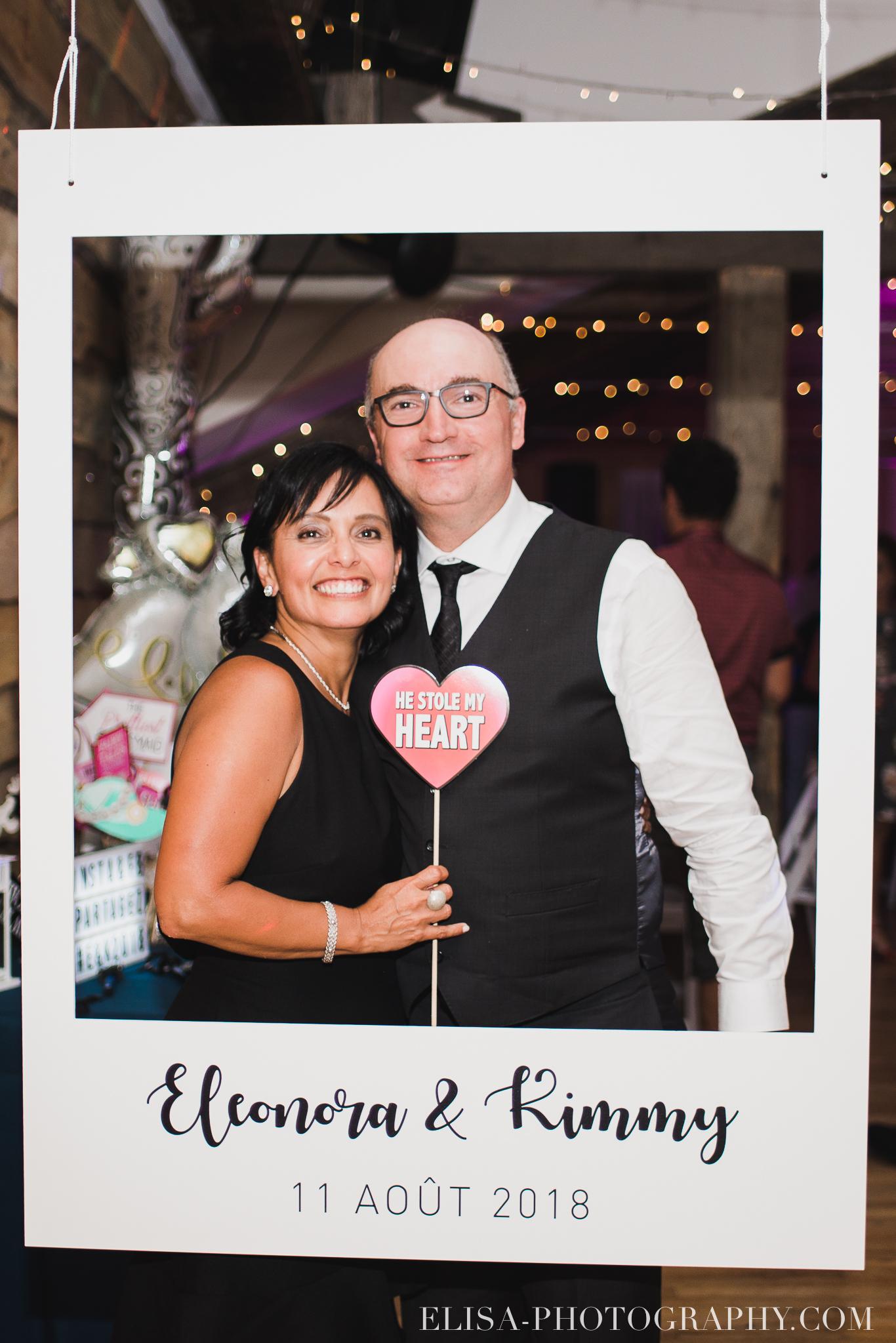 photo mariage grange rouge quebec reception colore rustique photobooth 9420 - Mariage coloré à la grange rouge de Brompton