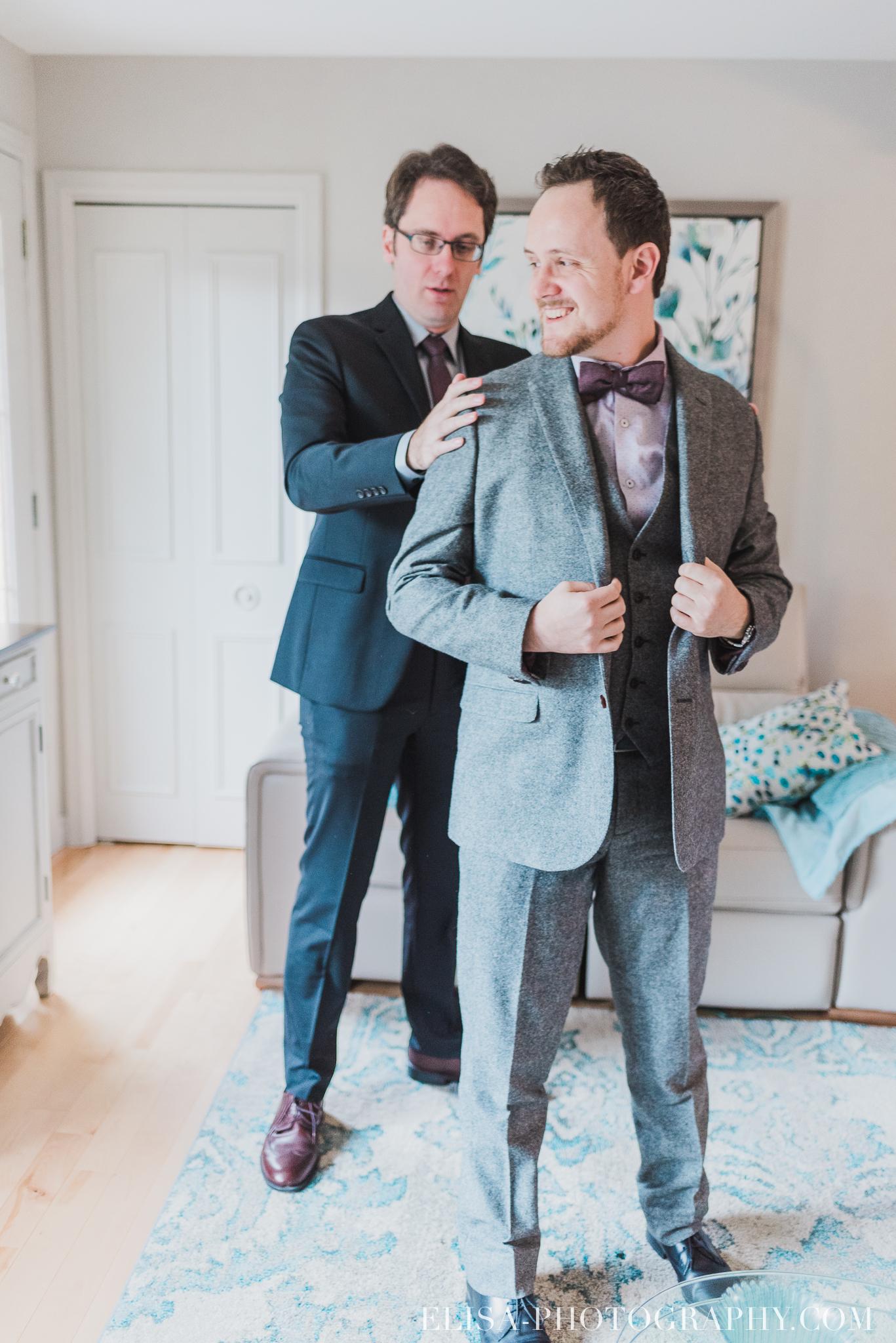 photo mariage quebec automne preparatifs du marie boutoniere souliers 5246 - Mariage à saveur automnale à l'Espace Saint-Grégoire