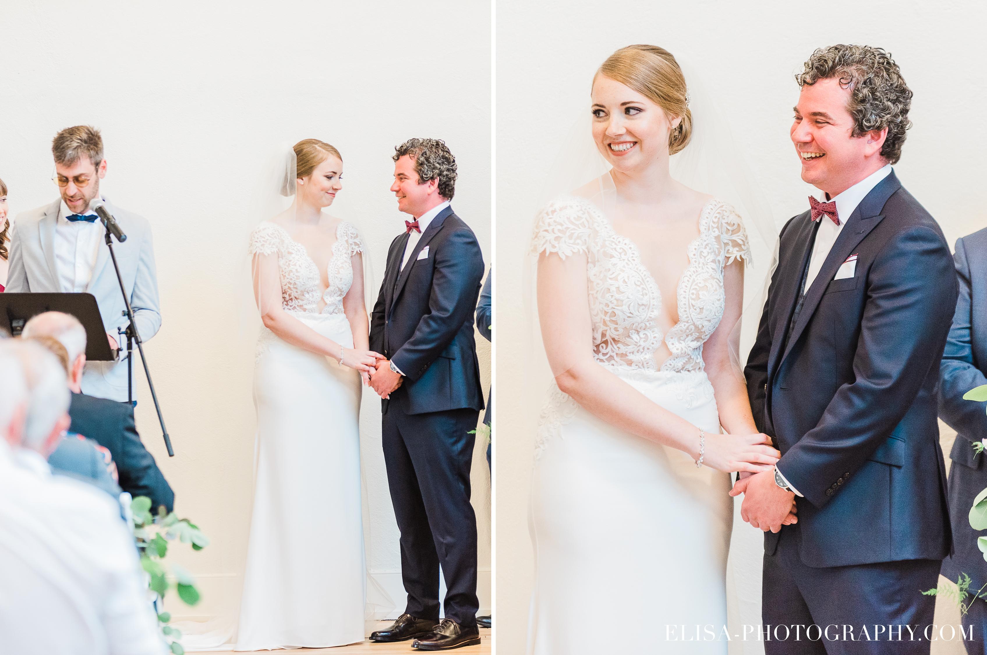 photo mariage ceremonie fleurs table signature domaine cataraqui elisa photographe - Mariage élégant et discret au coeur du magnifique Domaine Cataraqui, Québec