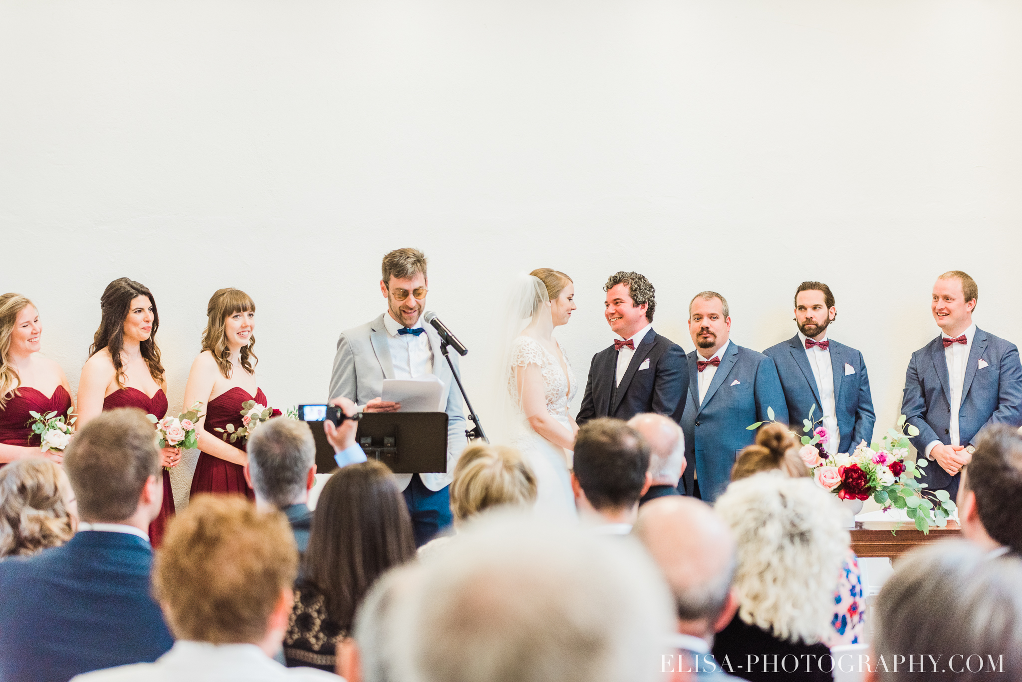 photo mariage ceremonie lifestyle domaine cataraqui pluie atelier peintre 0388 - Mariage élégant et discret au coeur du magnifique Domaine Cataraqui, Québec