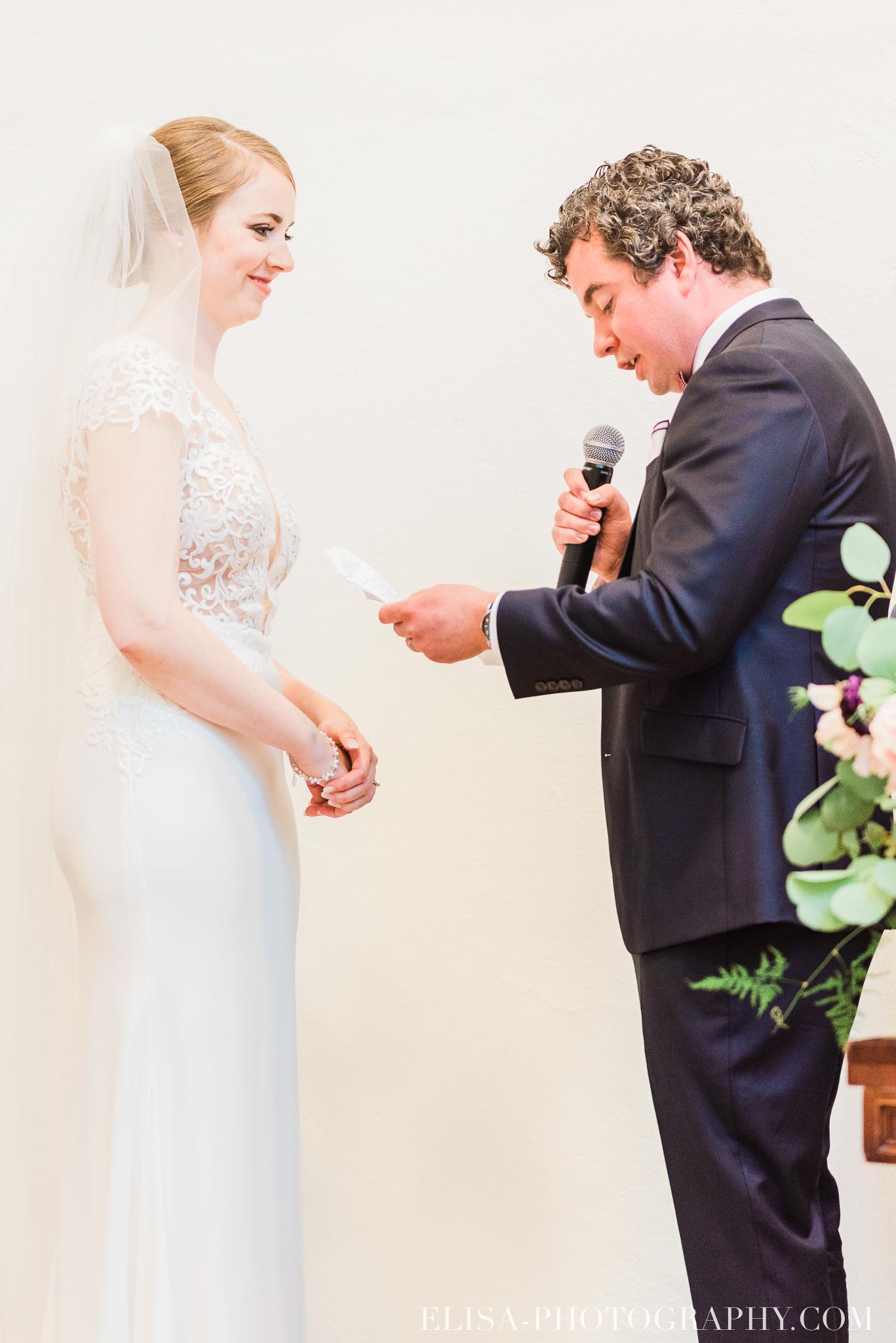 photo mariage ceremonie lifestyle domaine cataraqui pluie atelier peintre 0553 - Mariage élégant et discret au coeur du magnifique Domaine Cataraqui, Québec