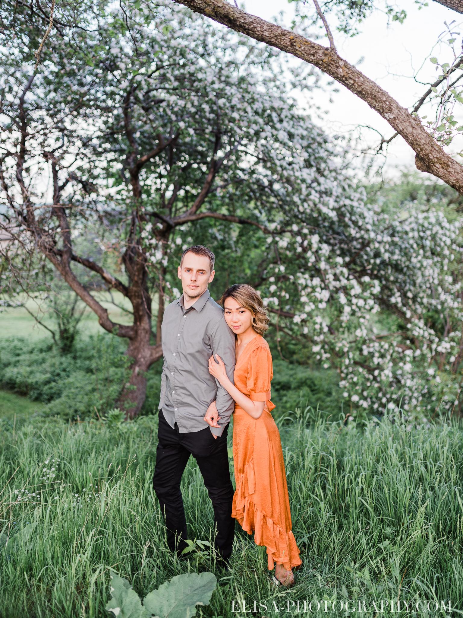photos couple engagement fiancailles ville quebec canada manoir montmorency elisa photographe mariage 6865 - Séance photo de couple au manoir Montmorency à Québec