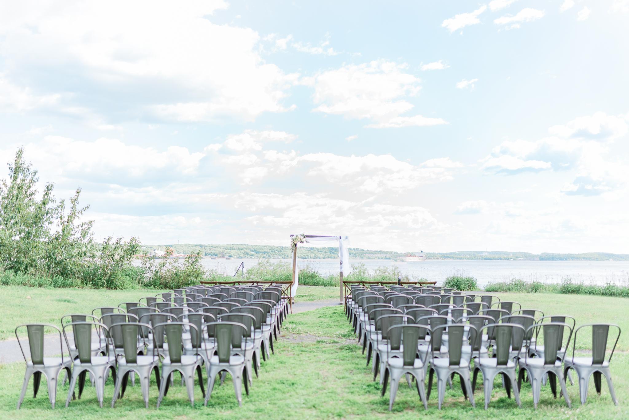 photo mariage salle du quai cap blanc quebec ceremonie toscane elisa photographe 2564 - MALYE + ANTHONY | Québec, Salle du Quai du Cap Blanc | Photographe de mariage | Elisa Photography